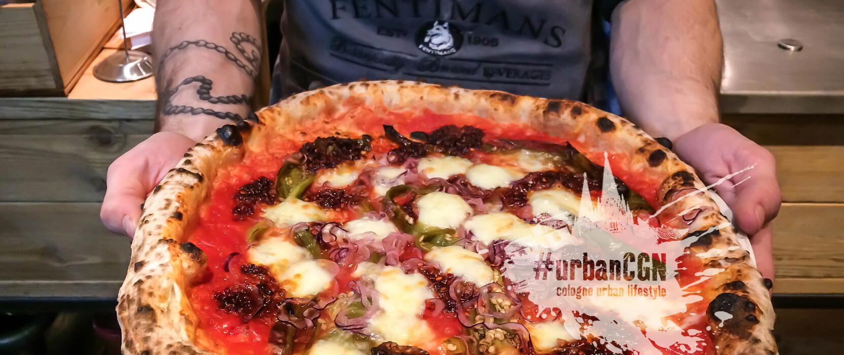 485°, fertige Pizza