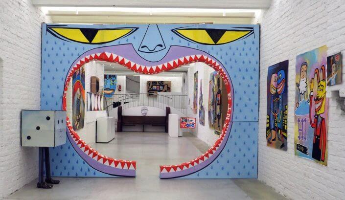 """Die Kunstagentin: Jim Avignon, Solo Show """"Museum of Memories"""", Leinwandarbeiten, 2015, Foto: Tündi Schmitz"""