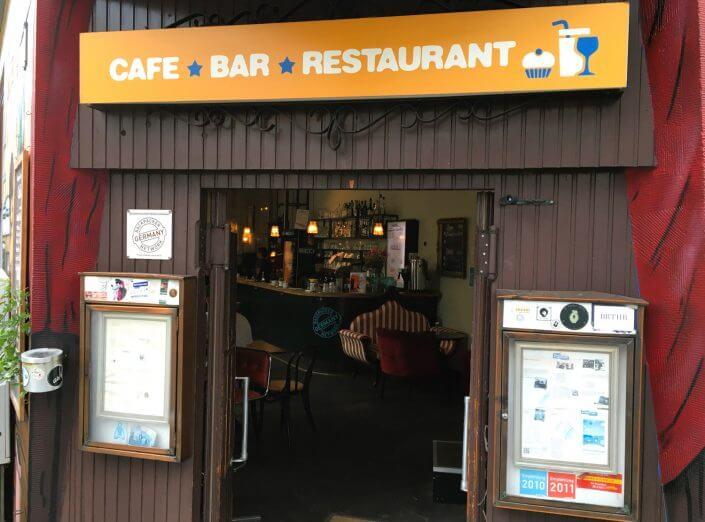 Hostel in Köln: Der Weltempfänger, aussen