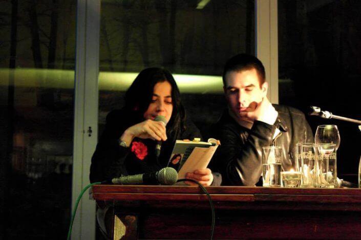 Kölner Lesereihen: Die Lesebühne im Kulturcafé Lichtung, Lütfiye Güzel und Gerrit Wustmann lesen, Foto: smp