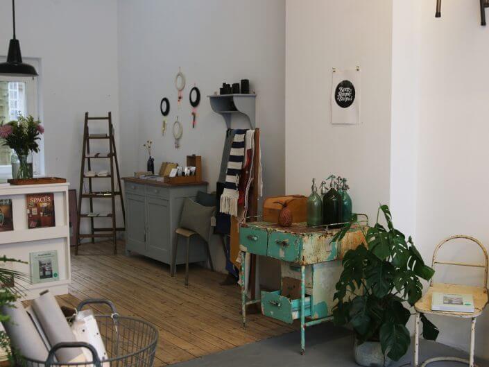 GRÜNBLAUGRAU Intérieur, Vintage Läden