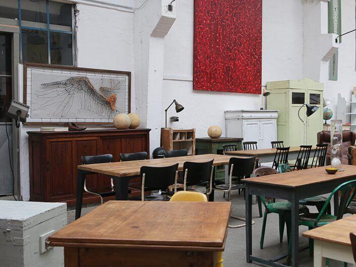 EXQUISIT, Vintage Läden