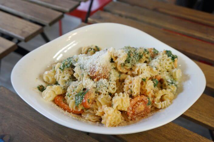 Lunch Time rund um den Dom – Snacks aus aller Welt, Punto Pasta
