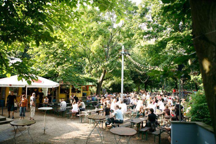 Stadtgarten, Biergarten, Foto: Laurence Voumard - Kölner Konzertlocations