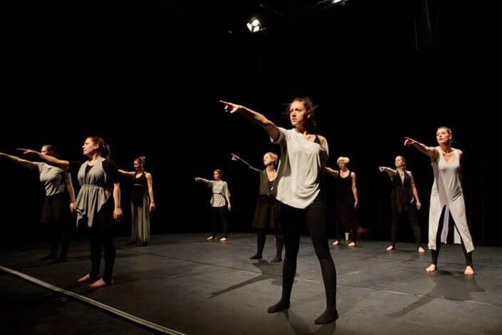 fünfzehnminuten - Fading to Grey?, Social Dance Work, studiobühneköln, 2016, Foto: Till Böcker - Theater