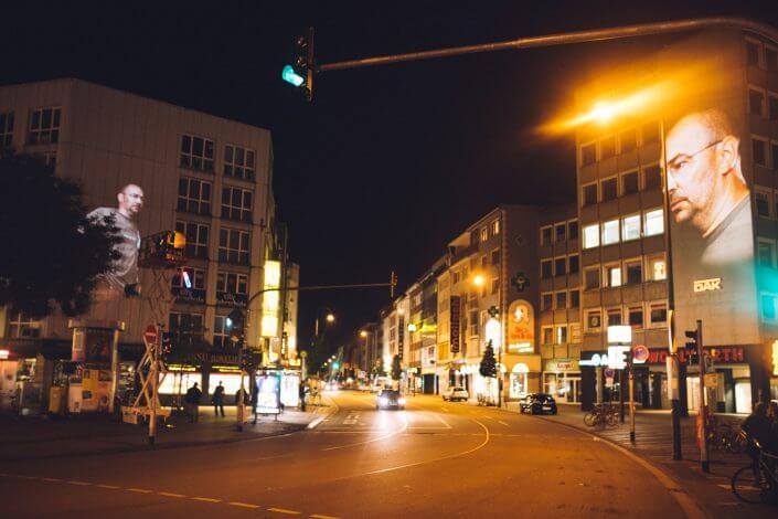 Video Mapping von Xenorama am Wiener Platz, CityLeaks 2015, Foto: Silviu Guiman. CityLeaks Festival