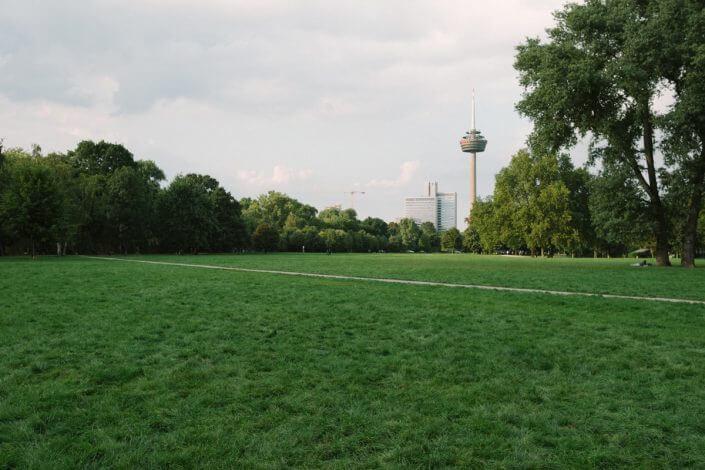 Innerer Grüngürtel - Urlaub mit Hund in Köln