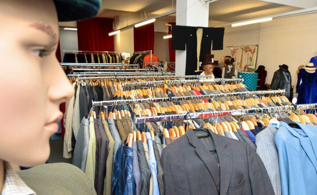 im belgischen viertel oder in ehrenfeld haben sich einige laden auf mannliche kunden mit einem faible fur mode spezialisiert hier verrate ich euch