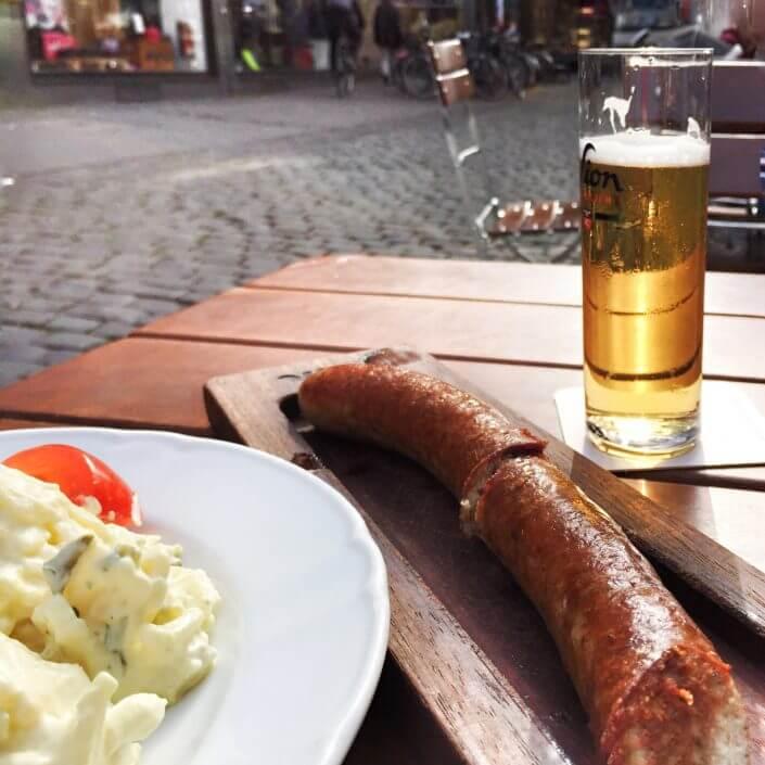 Sion-Kölsch und Bratwurst, Wurst in Köln