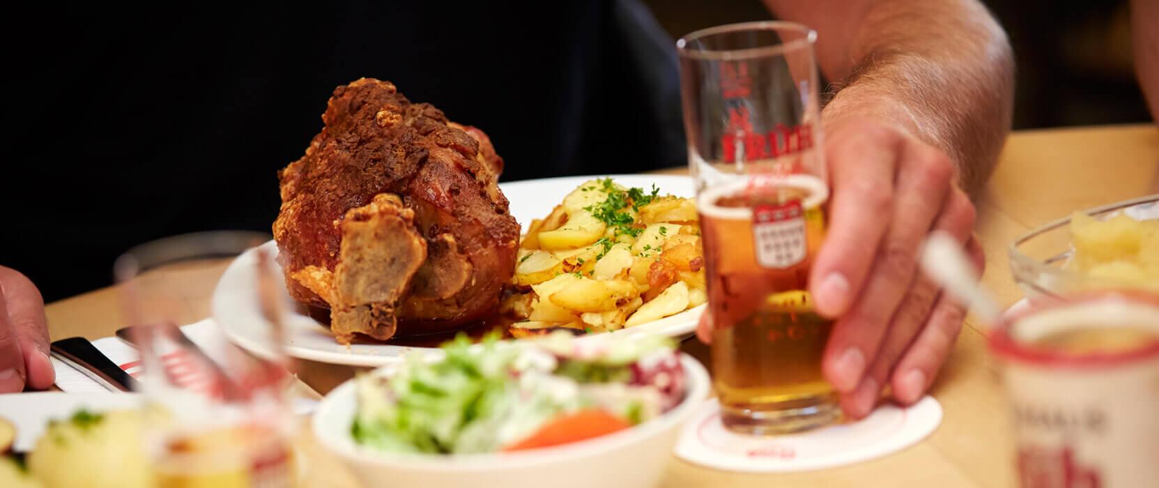 Schweinehaxe, Brauhaus Früh
