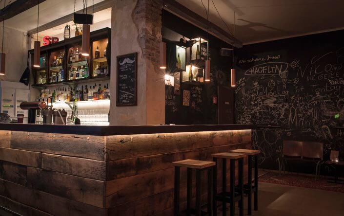 Fünf Kölner Bars und Kneipen zum Wohlfühlen - IM SCHNÖRRES