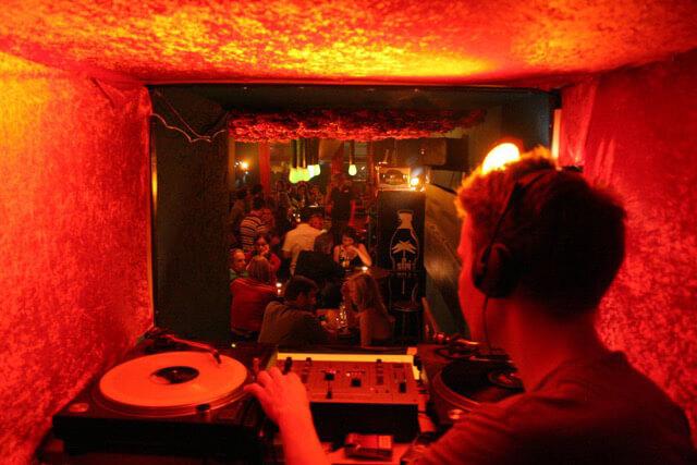 Fünf Kölner Bars und Kneipen zum Wohlfühlen - HÄNGENDE GÄRTEN VON EHRENFELD