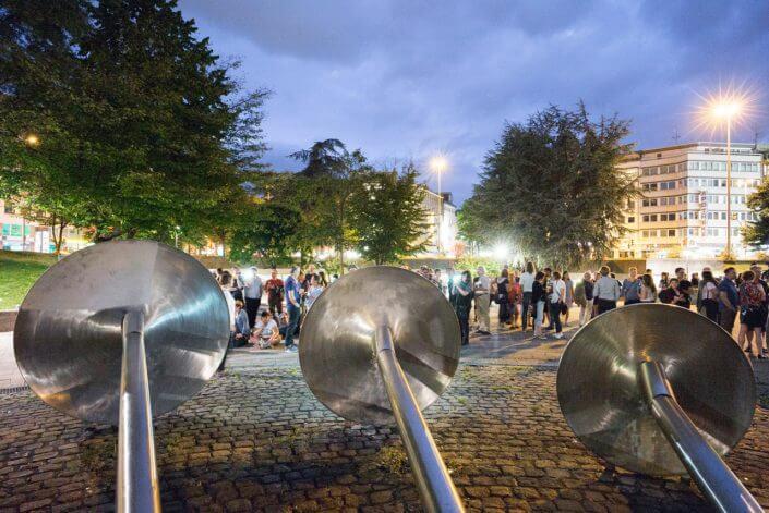 Videoinstallation am Brunnen auf dem Ebertplatz im Rahmen der Kunst Basis Ebertplatz, 2017, Foto: Brunnen e.V.