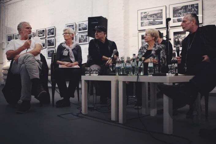 """Podiumsdiskussion zur Ausstellung """"Bewegung im Blick – Die Kölner Fotografenszene der 70er und 80er Jahre"""", 2016, Foto: Karla Windberger"""