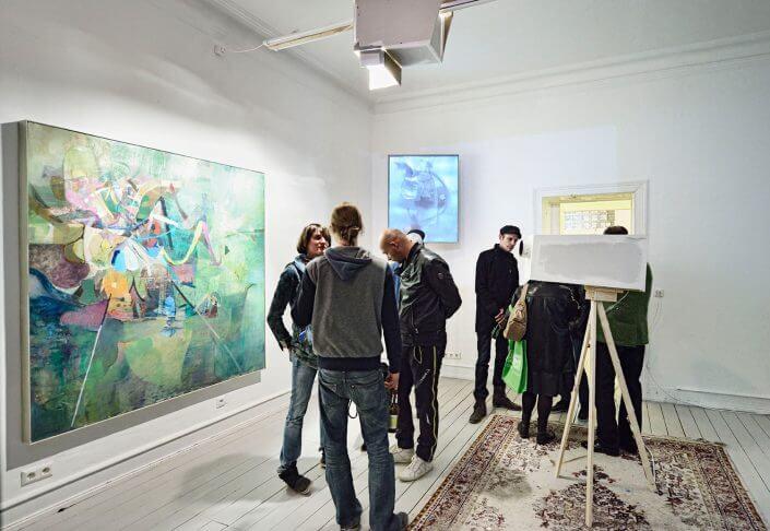 """Ansicht der Ausstellung """"Wohlan! Noch Einmal!"""" von Dominik Sartor, 2014, Foto: Stephan Brendgen"""