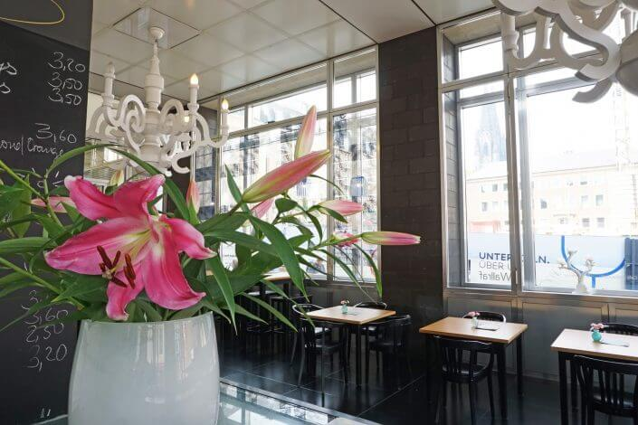 Essen und Kunst in Köln: Leckere Restaurants im Museum - Café im Wallraf-Richartz-Museum & Fondation Corboud