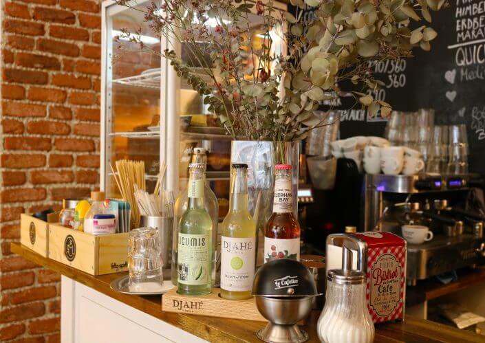 Coworking-Cafés - Schöner Arbeiten | Café Wohnraum