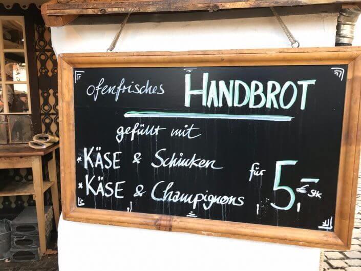 Food-Tour über die Kölner Weihnachtsmärkte - Heinzels Wintermärchen, Handbrotzeit