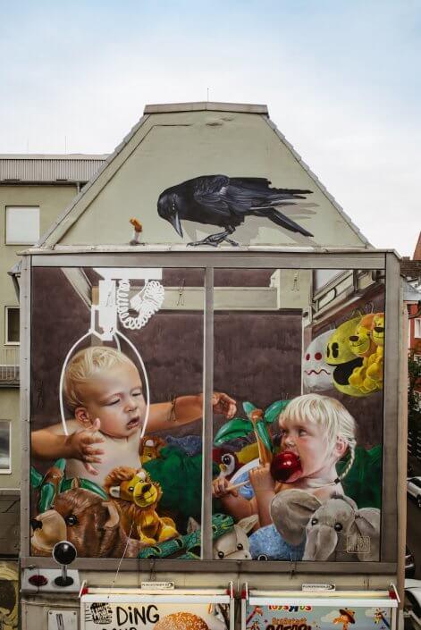"""Innerfields, """"Eden"""", CityLeaks Festival 2017, Neusser Straße (Parkplatz von Kaufhof), Foto: Robert Winter"""