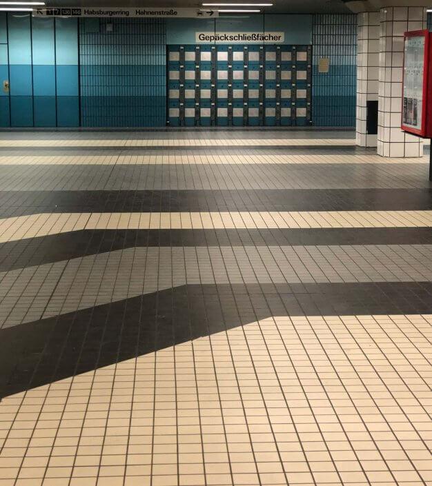 Die schönsten U-Bahn-Stationen in Köln | Friesenplatz Schließfächer, ©Ralf Johnen