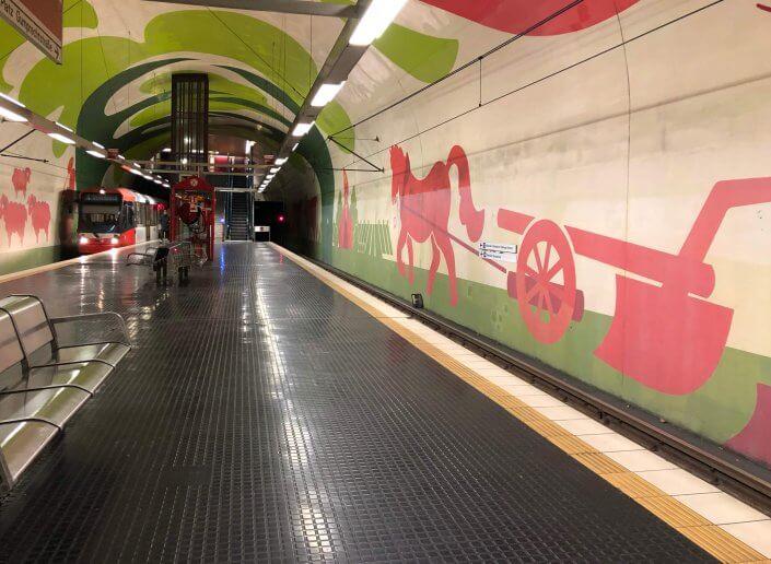 Die schönsten U-Bahn-Stationen in Köln | Leyendeckerstraße Street Art, ©Ralf Johnen